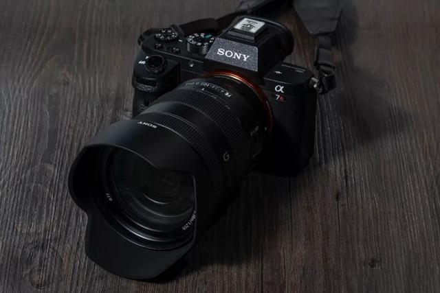ソニー FE24-105mm F4 G OSS
