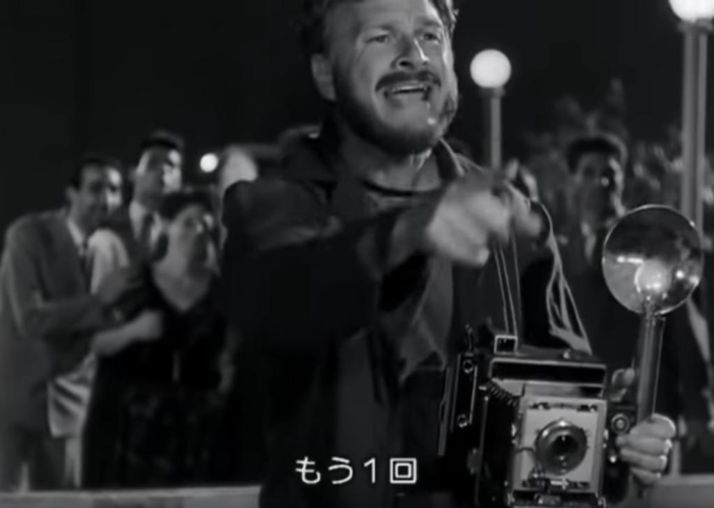ローマの休日 もう一回 夜の川辺 大判プレスカメラ